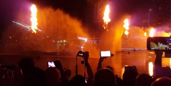 Dubai Festival City Dhow Cruise show